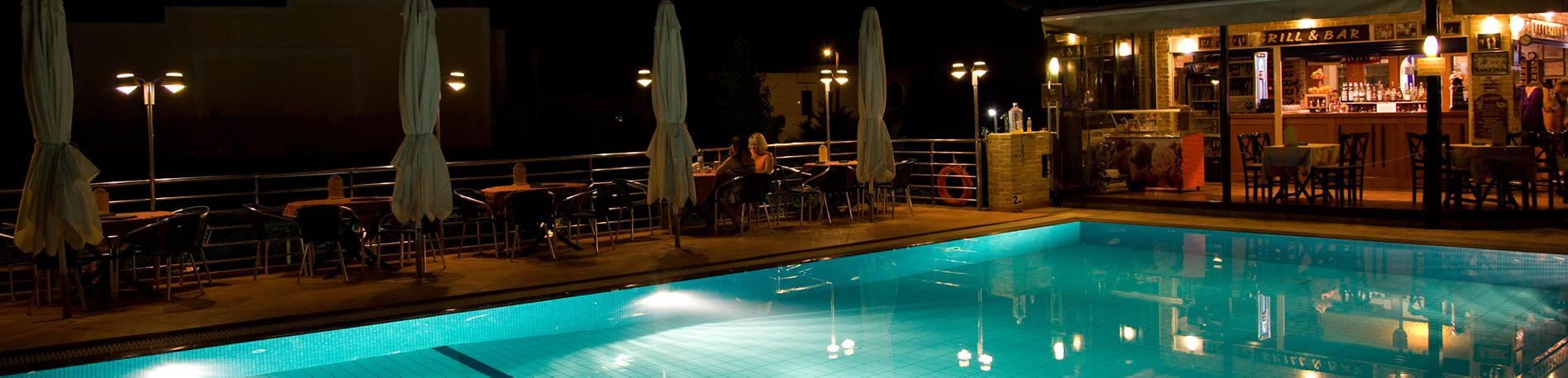 pool_night_hotel